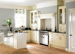 Cream Shaker Kitchen Cabinets by 17 Best Captivating Kitchens Images On Pinterest Kitchen