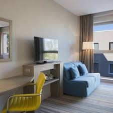 the living room east hton hton by hilton rome east 15 photos hotels viale marisa