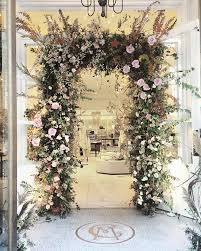 flower arch how to make a flower arch like beyoncé s vogue