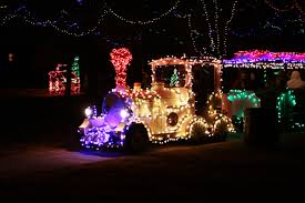 christmas light park near me new train comes to christmas in the park city of yukon