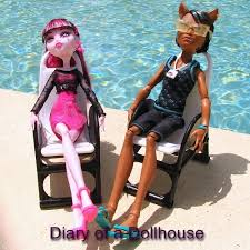 draculaura and clawd clawd wolf and draculaura festival dolls diary of a dollhouse