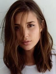coupe de cheveux visage ovale coiffure cheveux visage rond les tendances mode du automne