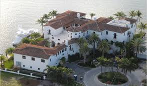 kim kardashian u0027s miami house listed on market for 14 5 million