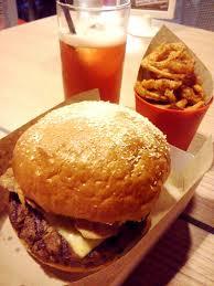 c h i n g d e e fridate backyard burgers and mom u0026 tina u0027s