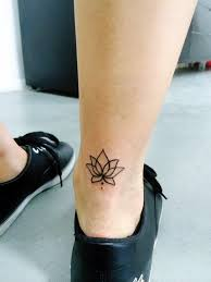 best 25 ankle tattoo designs ideas on pinterest ankle tattoo