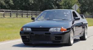 r32 skyline rb26 skyline r32 gtr review godzilla rips youtube
