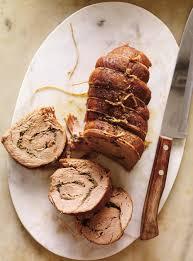 cuisiner un roti de veau rôti de veau roulé aux herbes et au piment fort ricardo