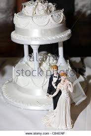 cake figurines wedding cake figurines stock photos wedding cake figurines stock