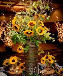 table centerpieces with sunflowers 25 creative floral designs with sunflowers sunny summer table