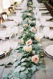 Decoration Tables by Best 25 Wedding Table Garland Ideas On Pinterest Wedding Table