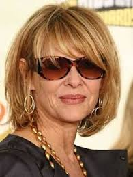 haircuts for women 55 and older above the shoulder with flat hair soft above shoulder cut 21 hairstyles that will knock 10 years off