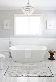 Paint Bathroom Tile by Best 25 Gray Bathrooms Ideas Only On Pinterest Bathrooms