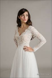 wedding dress with sleeves advantages of wearing wedding dress with sleeves