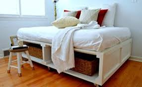 Easy Diy Platform Storage Bed by Diy Corner Storage Beds Hometalk