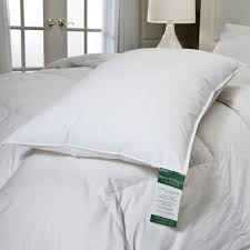 queen bed pillows rich king size bed pillows king and queen beds king size bed