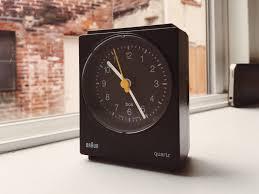 my new braun 4768 alarm clock minimalism