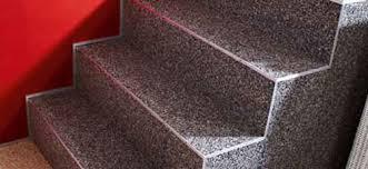 teppich treppe natursteinteppich trendige akzente setzen für wände boden