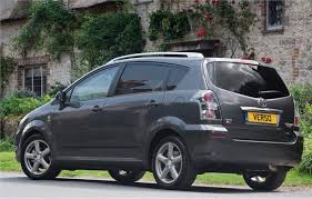 toyota corolla verso review toyota corolla verso 2004 car review honest