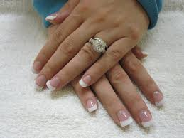 white nails beautify themselves with sweet nails