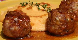 cuisiner chair à saucisse boulettes volaille et chair à saucisse au miel et au thym passe