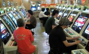 japanese arcade cabinet for sale glasses free 3d arcade machines heading to japanese arcades geek com