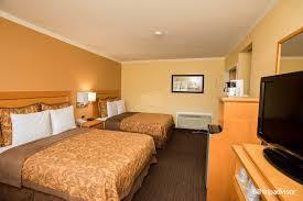 two bedroom suites near disneyland accommodations at hotels near disneyland anaheim islander inn and