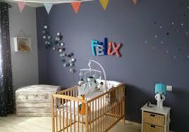 décoration mur chambre bébé couleur chambre bébé peinture de decoration murale avec tableau deco