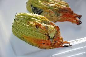 cuisiner fleurs de courgettes fleurs de courgettes farcies chic gourmand