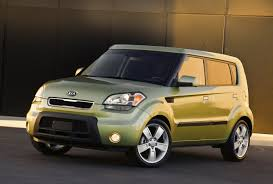 kia motors debuts borrego fuel cell prototype and 2009 kia soul at