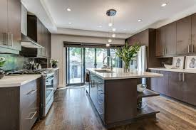 advice for painting kitchen cabinets advice on painting these kitchen cabinets