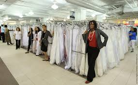 bargain wedding dresses bargain wedding dresses inspire running of the brides gagdaily news