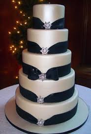 fondant wedding cakes special fondant wedding cakes wedding cake 798252 weddbook