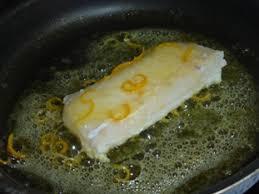 cuisiner un filet de julienne filet de julienne au citron bergamote et coques