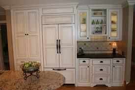 papier peint 4 murs cuisine cuisine papier peint cuisine 4 murs avec violet couleur papier