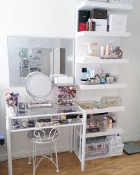 Makeup Tables For Bedrooms Best 25 Vanity Table Organization Ideas On Pinterest Vanity