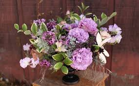 Centerpiece With Feathers by Floral Verde Llc Floral Verde Llc Blog
