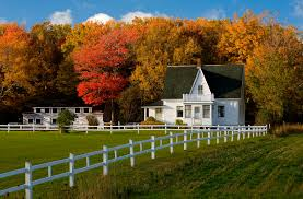 what color are guide signs the 10 best places to see fall foliage in canada