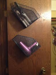 Wire Desk Organizer by Bathroom Use Wire Desk Organizers On The Inside Of Closet Doors