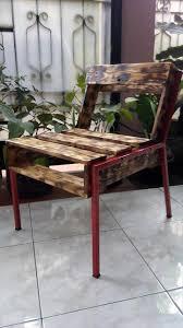 Wooden Pallet Furniture Diy Wooden Pallet Chairs 99 Pallets