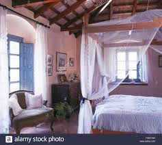 four poster bed with curtains stock photos u0026 four poster bed with