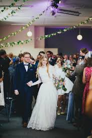 wedding dresses nottingham greenery filled reception at nottingham contemporary with