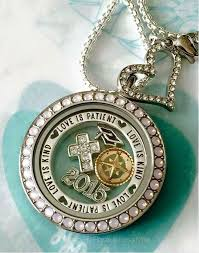 origami owl graduation locket 896 best origami owl www lindseydoebler origamiowl images on