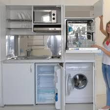 cuisine avec lave linge armoire cuisine compact représentée en version avec lave linge et