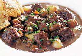 cuisiner boeuf bourguignon boeuf bourguignon classique recette noel boeuf bourguignon