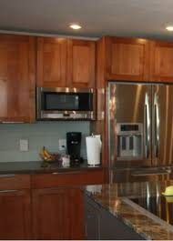 Under Cabinet Microwave Reviews by Best 25 Over The Counter Microwave Ideas On Pinterest Space