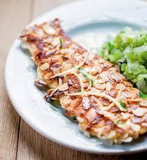 cuisiner des truites ma recette de filets de truite panés aux amandes laurent mariotte