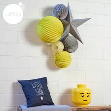chambre gris et jaune kit de lions mixte pour décorer une chambre