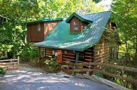 gatlinburg 2 bedroom cabins mountain mischief 2 bedroom cabin rental in