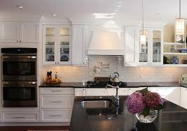 Best White Shaker Kitchen Cabinets Easy Brockhurststudcom - Shaker white kitchen cabinets