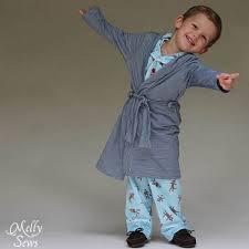 robe de chambre garcon patron gratuit une robe de chambre pour enfants de petit